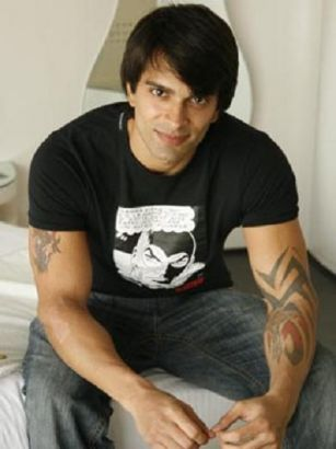 karan singh grover left arm tattoo tattoo from itattooz. Black Bedroom Furniture Sets. Home Design Ideas