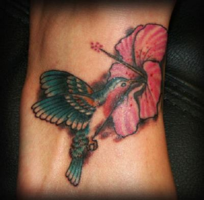 Birds tattoos, Humming Bird tattoos, Tattoos of Birds, Tattoos of Humming Bird, Birds tats, Humming Bird tats, Birds free tattoo designs, Humming Bird free tattoo designs, Birds tattoos picture, Humming Bird tattoos picture, Birds pictures tattoos, Humming Bird pictures tattoos, Birds free tattoos, Humming Bird free tattoos, Birds tattoo, Humming Bird tattoo, Birds tattoos idea, Humming Bird tattoos idea, Birds tattoo ideas, Humming Bird tattoo ideas, hummingbird and hibiscus flower pic tattoo on feet