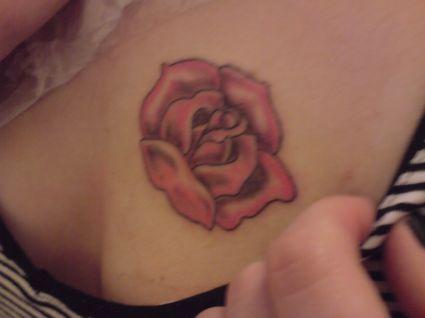 Rose Tats On Girl\u0027s Chest